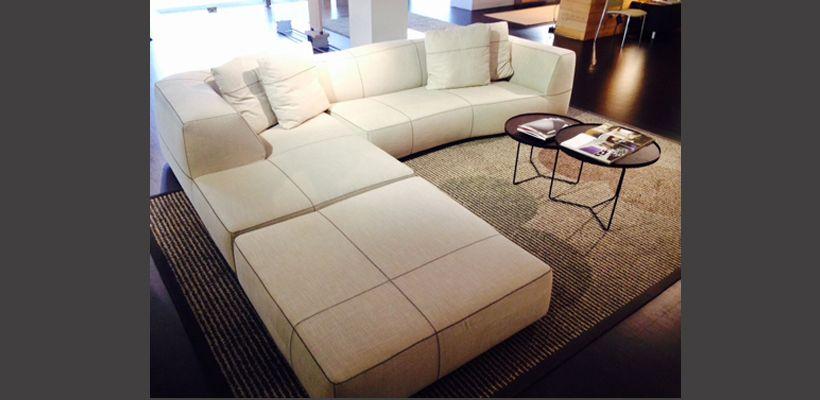 B b italia bend sofa prezzo for Outlet b b